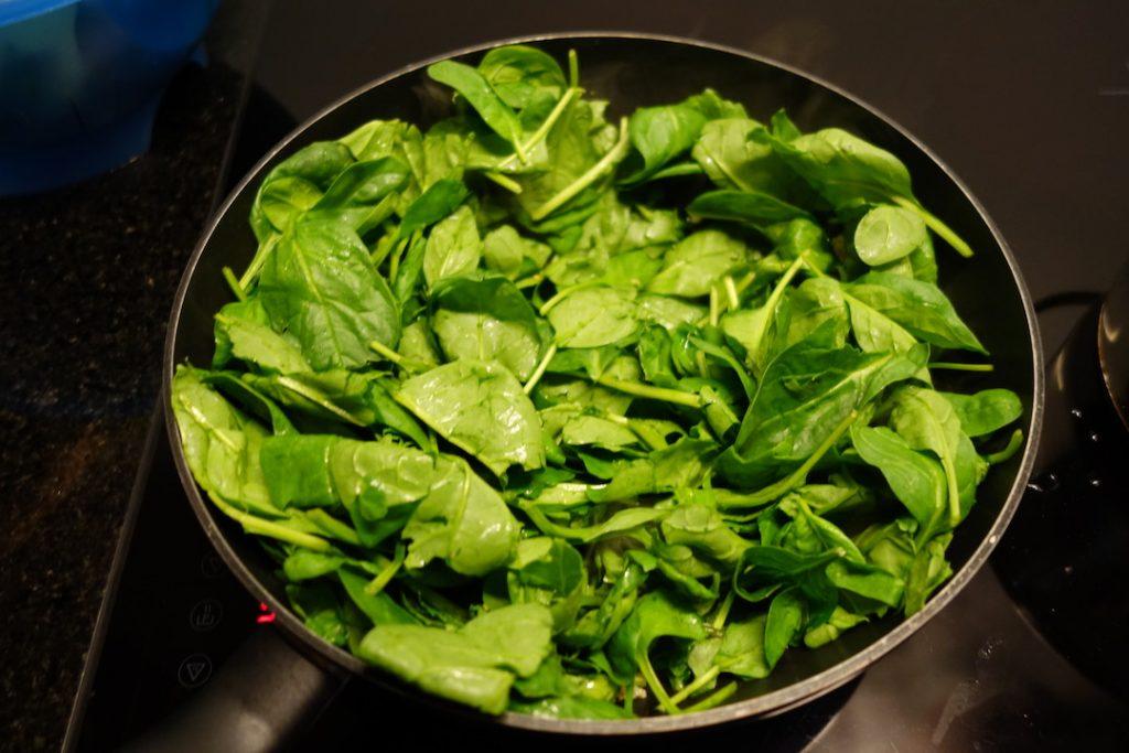 Garlic Spinach Vegetable Dish