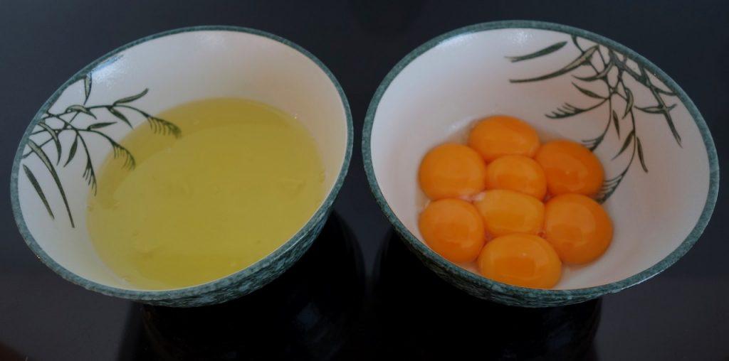making pandan chiffon cake