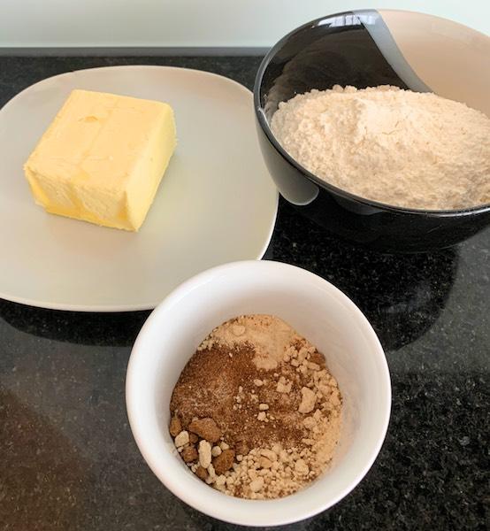 ingredients to make Karamell schnitten (Millionaires shortbread)